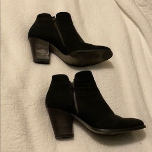 Paul Green black Suede Textured Booties